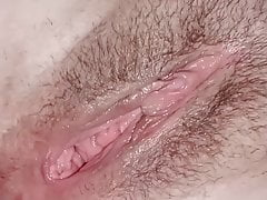 Brunette gets big cumspray facial to face and her hair